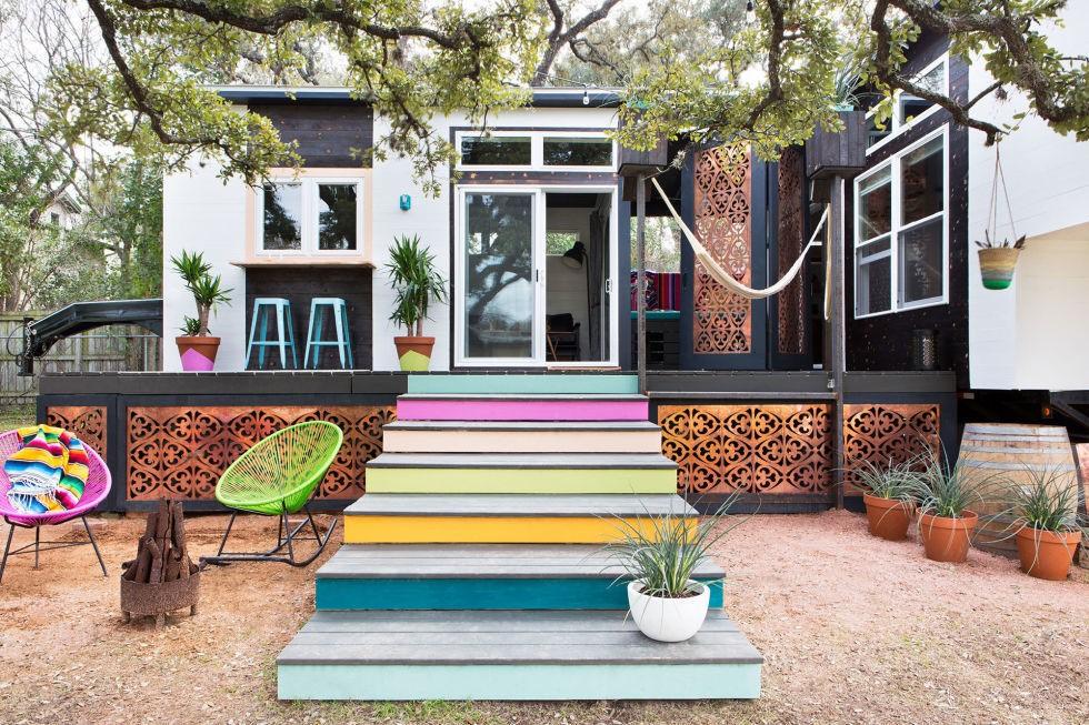 male kucice Eklektički šarena kuća