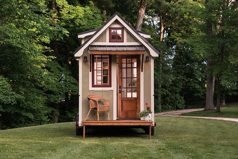 male kućice s malim trijemom
