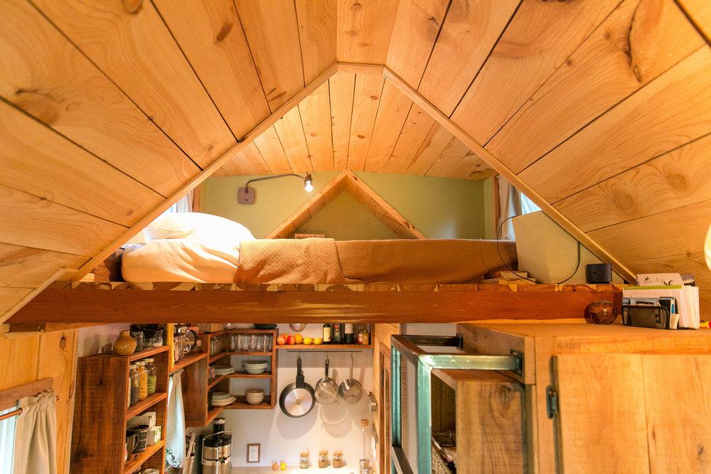 male kucice bungalov krevet