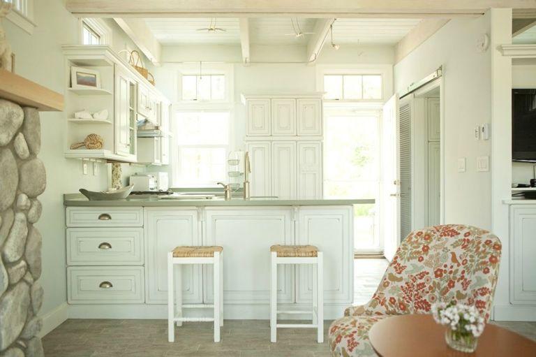 male kućice kuhinja