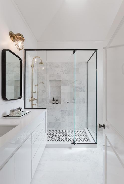 dom kupaona bijela