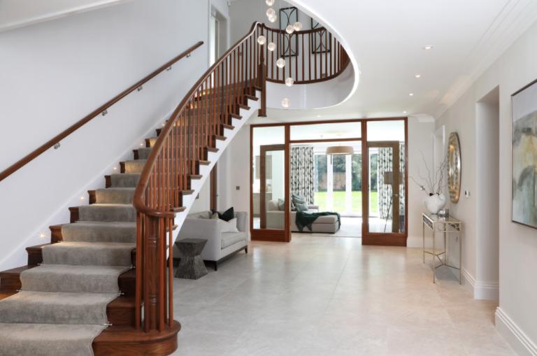 svijetlo na stepenicama