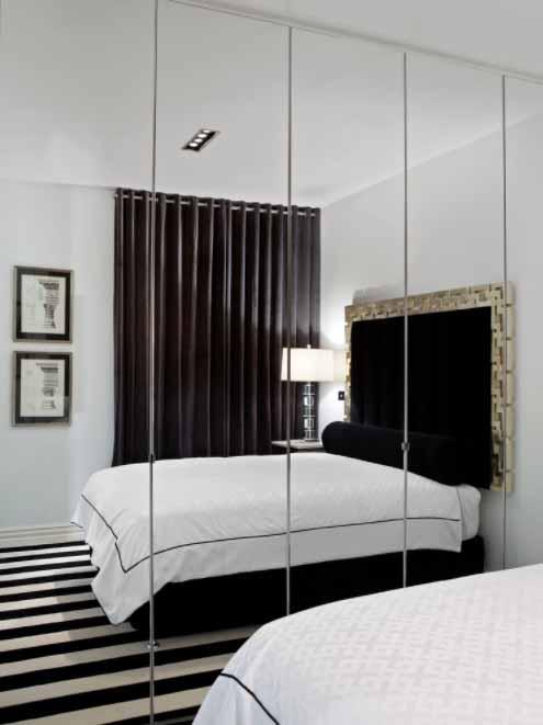 Stakleni ormar za manju spavaću sobu
