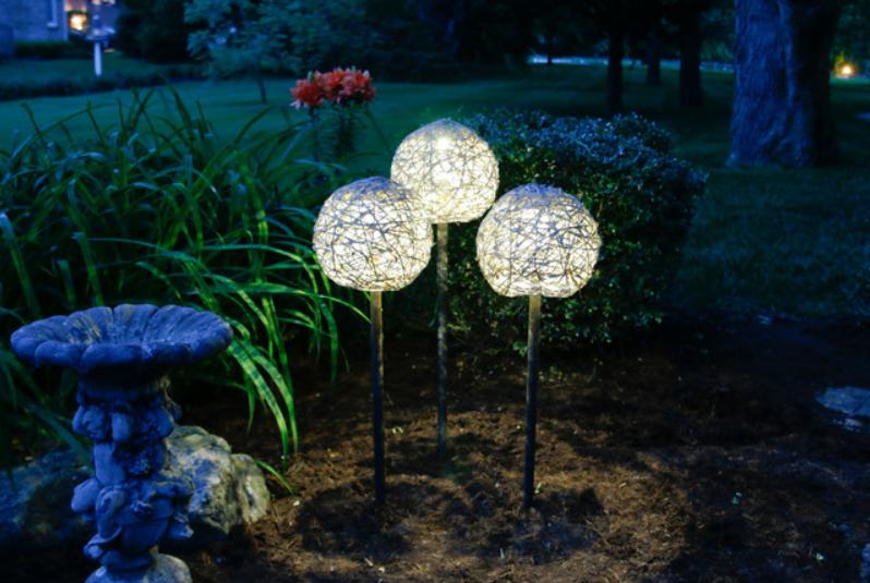 VRT IZ SNOVA: DIY solarna lampa
